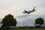 ひでかずさんが、ロンドン・ヒースロー空港で撮影したオーストリア航空 A319-112の航空フォト(飛行機 写真・画像)
