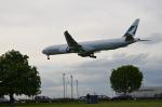 ひでかずさんが、ロンドン・ヒースロー空港で撮影したキャセイパシフィック航空 777-367/ERの航空フォト(飛行機 写真・画像)
