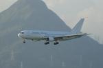 かずまっくすさんが、香港国際空港で撮影したダイナミック・エアウェイズ 767-233の航空フォト(写真)