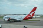 ひでかずさんが、ロンドン・ヒースロー空港で撮影したカンタス航空 A380-842の航空フォト(飛行機 写真・画像)