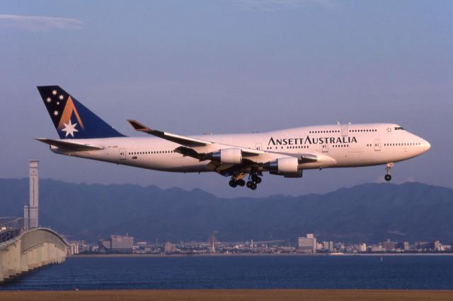 アンセット・オーストラリア航空...