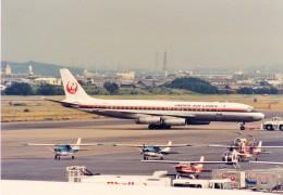 その他の流動資産さんが、名古屋飛行場で撮影した日本航空 DC-8-62の航空フォト(飛行機 写真・画像)