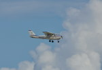 kumagorouさんが、嘉手納飛行場で撮影したKADENA AERO CLUB 172Fの航空フォト(飛行機 写真・画像)