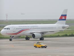 わたくんさんが、北九州空港で撮影した中国南方航空 A320-214の航空フォト(写真)