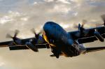 tsuna72さんが、福岡空港で撮影した航空自衛隊 C-130H Herculesの航空フォト(飛行機 写真・画像)