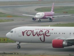 wrbluebl5さんが、関西国際空港で撮影したエア・カナダ・ルージュ 767-33A/ERの航空フォト(飛行機 写真・画像)
