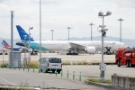 kix-itmさんが、関西国際空港で撮影したガルーダ・インドネシア航空 777-3U3/ERの航空フォト(飛行機 写真・画像)