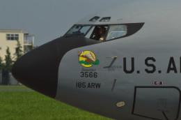 ぼういんぐべえすさんが、横田基地で撮影したアメリカ空軍 KC-135R Stratotanker (717-148)の航空フォト(飛行機 写真・画像)