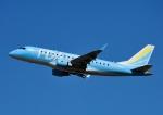 じーく。さんが、新千歳空港で撮影したフジドリームエアラインズ ERJ-170-100 (ERJ-170STD)の航空フォト(飛行機 写真・画像)