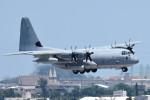 tsubasa0624さんが、嘉手納飛行場で撮影したアメリカ海兵隊 C-130 Herculesの航空フォト(写真)