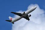tsubasa0624さんが、那覇空港で撮影した日本トランスオーシャン航空 737-4Q3の航空フォト(飛行機 写真・画像)