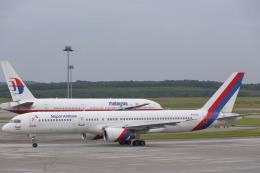 安芸あすかさんが、クアラルンプール国際空港で撮影したネパール航空 757-2F8の航空フォト(飛行機 写真・画像)