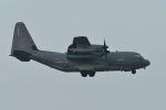 うめやしきさんが、厚木飛行場で撮影したアメリカ空軍 MC-130J Herculesの航空フォト(飛行機 写真・画像)