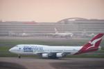 m-takagiさんが、羽田空港で撮影したカンタス航空 747-438/ERの航空フォト(飛行機 写真・画像)