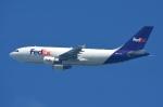 RUSSIANSKIさんが、シンガポール・チャンギ国際空港で撮影したフェデックス・エクスプレス A310-324(F)の航空フォト(飛行機 写真・画像)