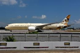 RUSSIANSKIさんが、シンガポール・チャンギ国際空港で撮影したエティハド航空 787-9の航空フォト(写真)