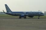 北の熊さんが、千歳基地で撮影したナショナル・エアラインズ 757-223の航空フォト(写真)