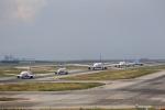 T.Sazenさんが、関西国際空港で撮影したティーウェイ航空 737-86Nの航空フォト(飛行機 写真・画像)