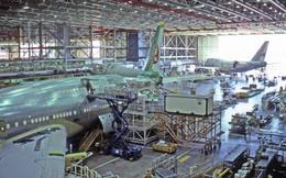 ボーイング社・エバレット工場で撮影された日本航空 - Japan Airlines [JL/JAL]の航空機写真