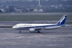 kumagorouさんが、伊丹空港で撮影したエアーニッポン A320-211の航空フォト(飛行機 写真・画像)