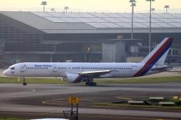ぽっぽさんが、クアラルンプール国際空港で撮影したネパール航空 757-2F8の航空フォト(飛行機 写真・画像)