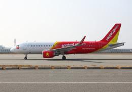 航空フォト:VN-A678 ベトジェットエア A320