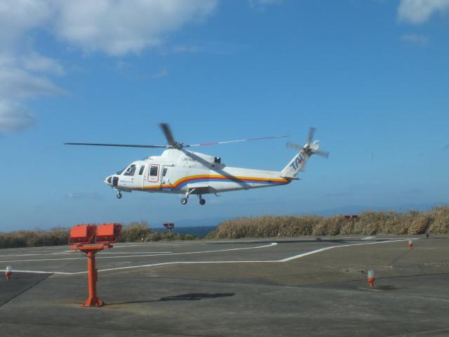 ピーノックさんが、利島ヘリポートで撮影した東邦航空 S-76C++の航空フォト(飛行機 写真・画像)