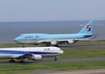 ふじいあきらさんが、羽田空港で撮影した大韓航空 747-4B5の航空フォト(飛行機 写真・画像)