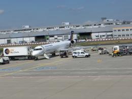 ヒロリンさんが、フランクフルト国際空港で撮影したルフトハンザ リージョナル CL-600-2D24 Regional Jet CRJ-900LRの航空フォト(飛行機 写真・画像)