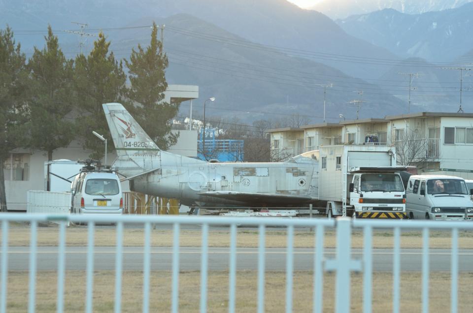 ニライカナイさんの航空自衛隊 North American F-86 Sabre (04-8205) 航空フォト