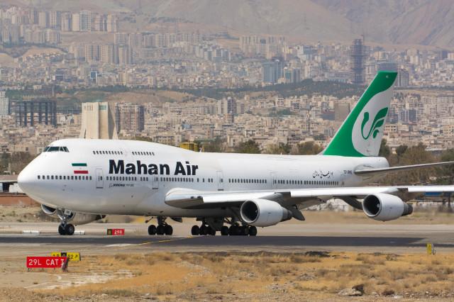 マーハーン航空 Boeing 747-300 ...