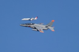 tsubasa0624さんが、千歳基地で撮影した航空自衛隊 T-4の航空フォト(写真)