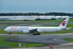 パンダさんが、成田国際空港で撮影した中国東方航空 777-39P/ERの航空フォト(写真)
