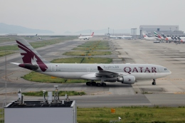 YASKYさんが、関西国際空港で撮影したカタール航空 A330-202の航空フォト(飛行機 写真・画像)