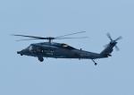 じーく。さんが、新潟空港で撮影した航空自衛隊 UH-60Jの航空フォト(飛行機 写真・画像)