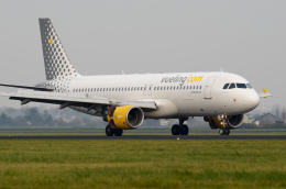航空フォト:EC-LOB ブエリング航空 A320