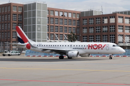 kosiさんが、フランクフルト国際空港で撮影したエールフランス・オップ! ERJ-190-100 LR (ERJ-190LR)の航空フォト(飛行機 写真・画像)