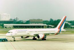 JA8037さんが、ドンムアン空港で撮影したロイヤル・ネパール航空 757-2F8の航空フォト(飛行機 写真・画像)
