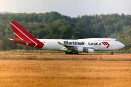 HEATHROWさんが、岡山空港で撮影したマーティンエアー 747-412(BCF)の航空フォト(飛行機 写真・画像)