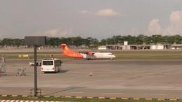 tsubasa0624さんが、シンガポール・チャンギ国際空港で撮影したファイアフライ航空 ATR-72-500 (ATR-72-212A)の航空フォト(写真)