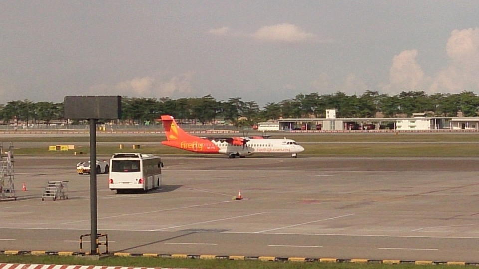 tsubasa0624さんのファイアフライ航空 ATR 72 (9M-FYD) 航空フォト