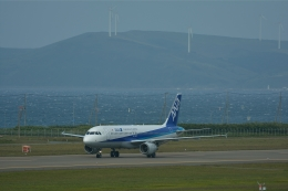qooさんが、稚内空港で撮影した全日空 A320-211の航空フォト(飛行機 写真・画像)