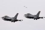 take_2014さんが、三沢飛行場で撮影したアメリカ空軍 F-16CM-50-CF Fighting Falconの航空フォト(写真)