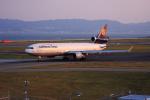 T.Sazenさんが、関西国際空港で撮影したルフトハンザ・カーゴ MD-11Fの航空フォト(写真)