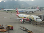 シフォンさんが、香港国際空港で撮影したエアアジア A320-216の航空フォト(飛行機 写真・画像)