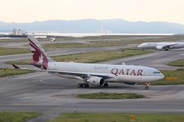ジャガイモさんが、関西国際空港で撮影したカタール航空 A330-202の航空フォト(飛行機 写真・画像)