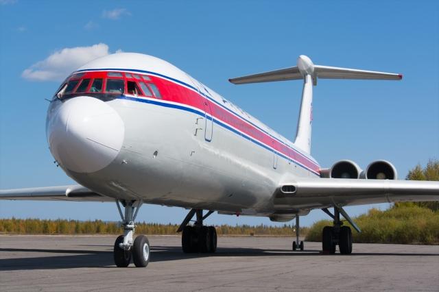 高麗航空 Ilyushin Il-62 P-885 ...