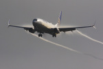LAX Spotterさんが、ロサンゼルス国際空港で撮影したユナイテッド航空 737-824の航空フォト(写真)