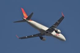 TAOTAOさんが、青島流亭国際空港で撮影したGXエアラインズ ERJ-190-100 LR (ERJ-190LR)の航空フォト(飛行機 写真・画像)