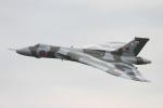 りんたろうさんが、コスフォード空軍基地で撮影したイギリス空軍 698 Vulcan B2の航空フォト(写真)